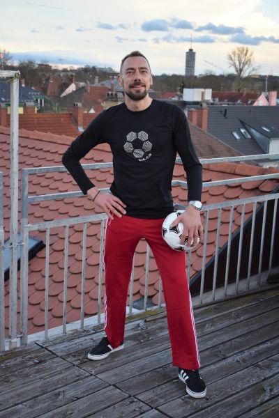 "Longsleeve ""Fußball"" Rundhals"